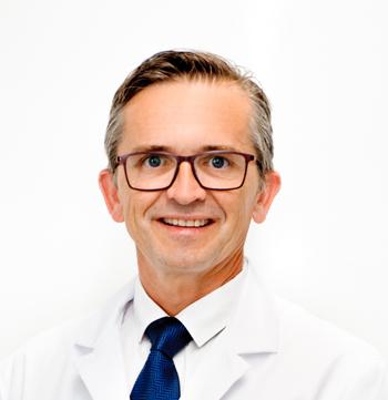 Dr. Guillermo Til Pérez